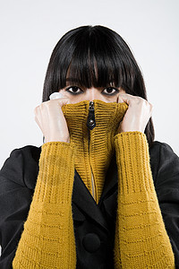 日本妇女凝视图片
