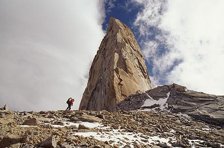 攀登者接近佩恩国家公园图片