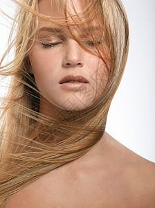 金发女郎画像图片