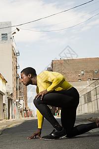 城市中的运动员图片