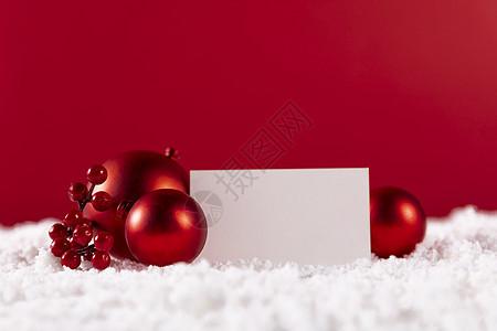 圣诞球和圣诞卡片图片