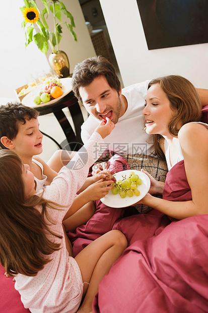 家庭日图片