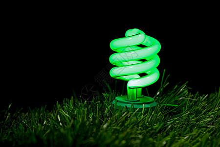 绿色荧光灯泡特写图片