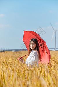 文艺美女手撑红伞图片
