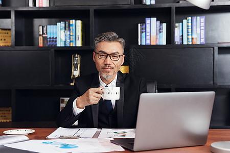 老板办公肖像图片