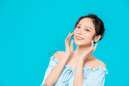 美女美容护肤肌肤护理图片