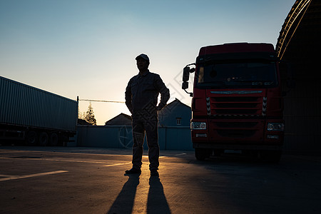 货车司机形象图片