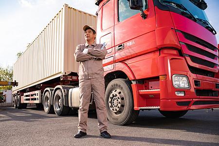 货车维修工形象图片