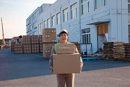 物流工人搬运快递图片