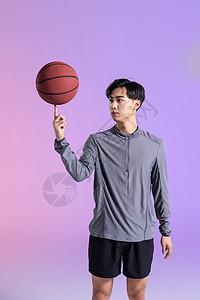 篮球运动员手指转球图片