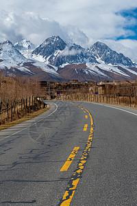 四川省甘孜市道路图片