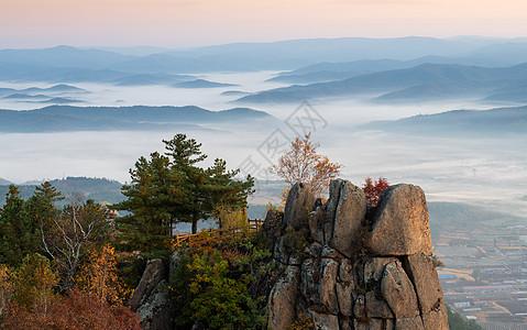 伊春金山岭山顶秋景图片