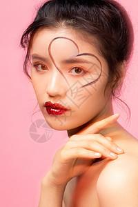 甜美女性情人节美妆图片