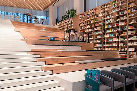 武汉光谷网红书店楼梯台阶书店图片