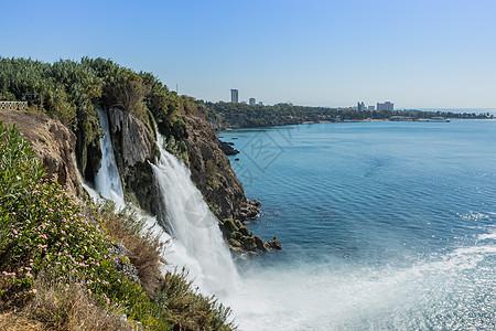 土耳其安塔利亚市海上瀑布图片