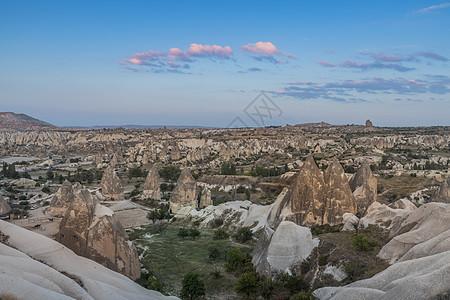 土耳其喀斯特地貌卡帕多西亚全景自然风光图片