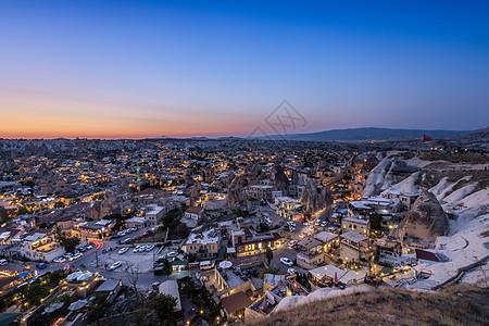 土耳其帕多西亚格雷梅村日落夜景图片