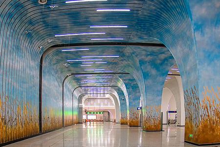 武汉空空荡荡的徐家棚地铁站图片