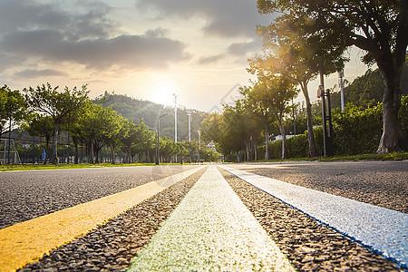 清晨的道路向前进努力图片