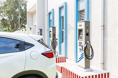 新能源汽车充电桩场景图片