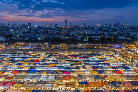 泰国首都曼谷火车夜市图片