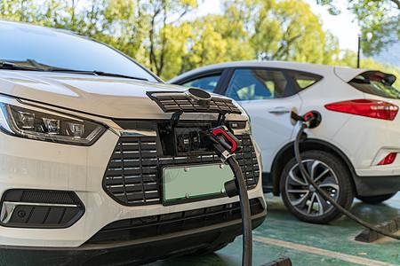 新能源车电动车充电图片