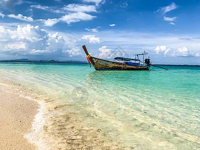 海南东方市渔村渔船图片