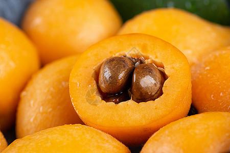 新鲜水果枇杷切面图片