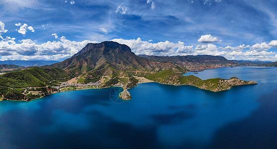泸沽湖美景航拍图片
