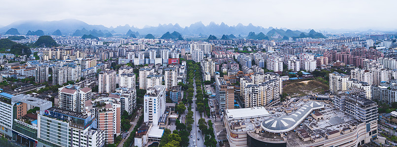 航拍桂林拼接图城市楼宇楼房建筑群山脉图片