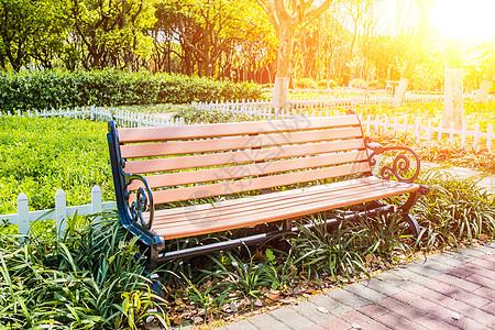 午后的公园长椅图片