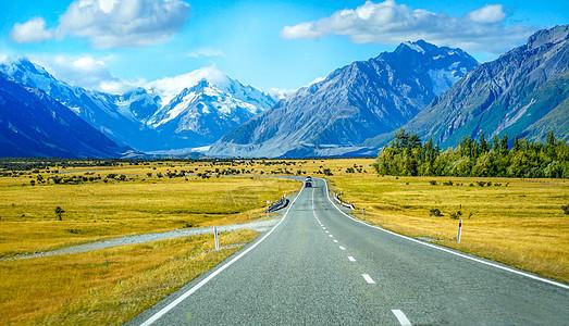 雪山下的公路新西兰自驾风光图片