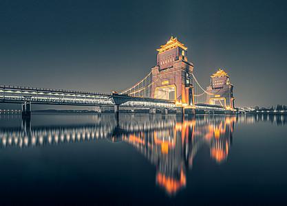 扬州万福大桥灯光夜景图片