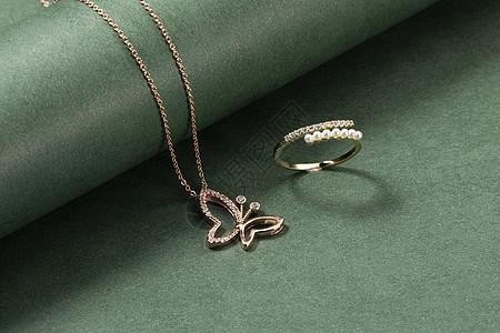 项链戒指图片