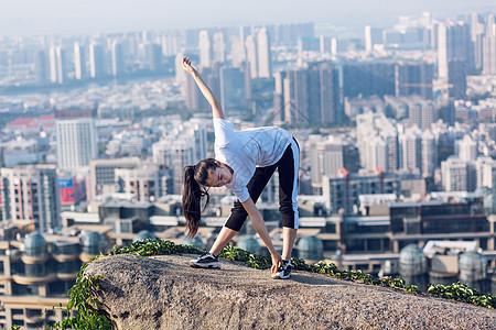 美女锻炼晨练运动人像图片