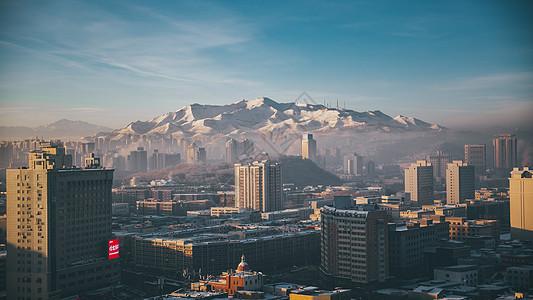 新疆乌鲁木齐市清晨城市日出风景图图片