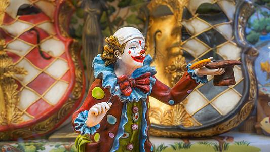 小丑玩偶静物特写图片