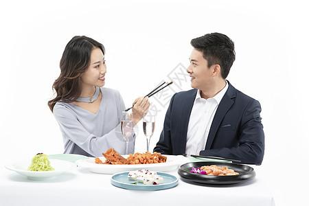情侣约会吃饭图片