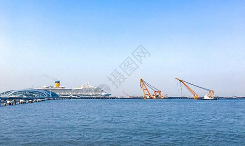 上海吴淞口邮轮港口图片