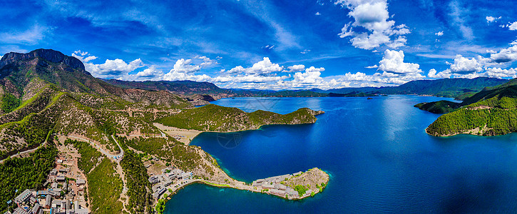 泸沽湖全景航拍图片