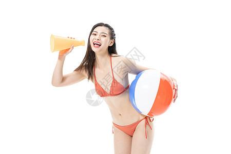 夏日泳装美女玩沙滩排球喇叭图片