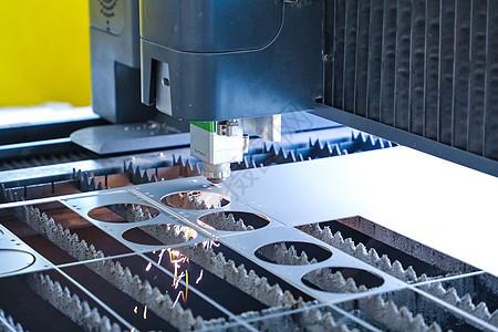 机床加工之激光切割图片