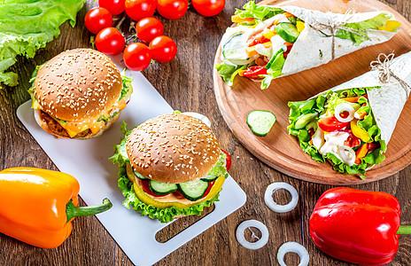 汉堡和素食玉米饼图片