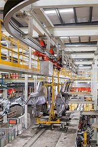 生产车间汽车车门运输图片