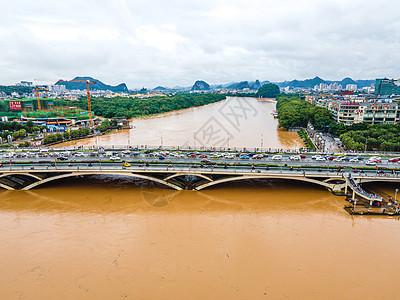 夏季南方暴雨洪涝灾害桂林漓江解放桥洪峰图片