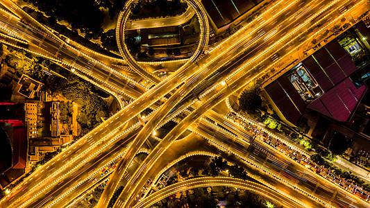 上帝视角垂直拍摄广州中山立交桥交通夜景图片