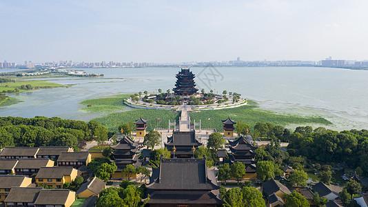 湖中的寺庙航拍苏州重元寺图片