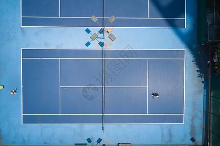户外网球比赛俯视图图片