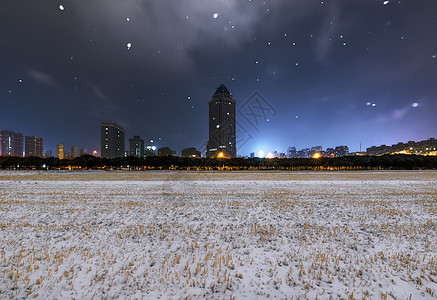雪后城市风光图片