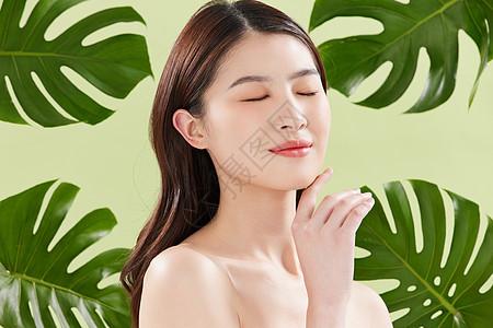 夏日植物美妆护肤女性图片